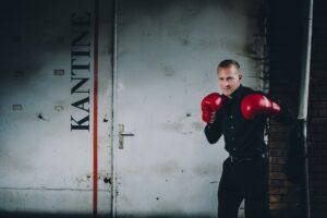 Christoph Teege, Boxevent, Teamevent, Firmenevent, Motivation, Erfolg, Stress, Resilienz, Boxen, Herausforderungen, Vertrieb, Business, Speaker, Boxcoach, Vortrag