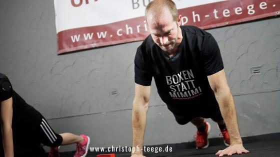 Fitness-Boxen, Online-Training, zu Hause trainieren, Home-Workout